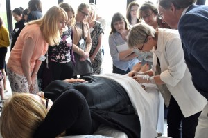 Microsclerotherapy demonstration